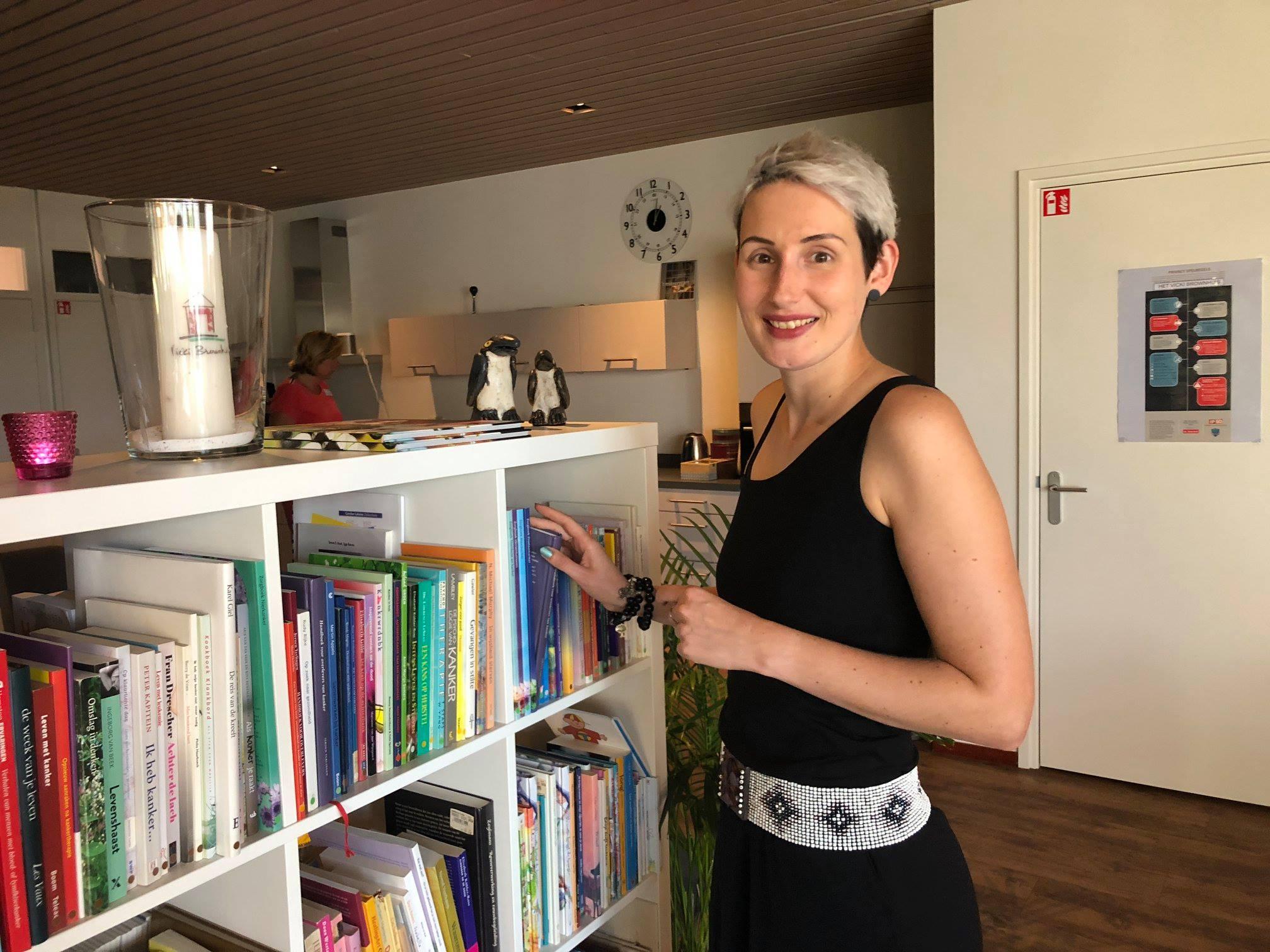 Lola Nouwens gast bij het Vicki Brownhuis